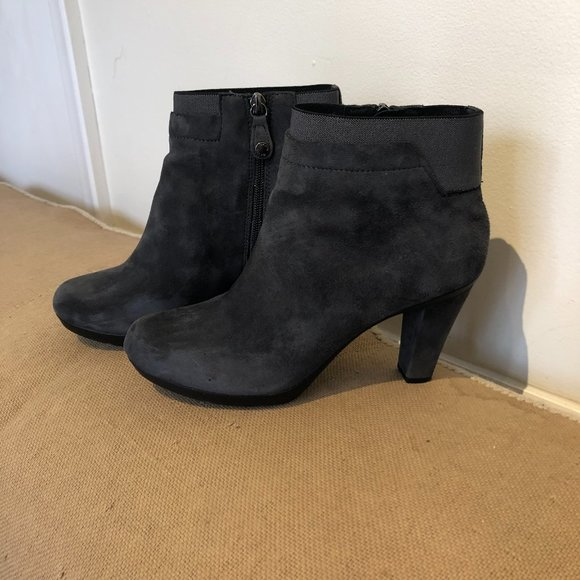 GEOX Respira Grey Suede Ankle Boots, Sz 38.5